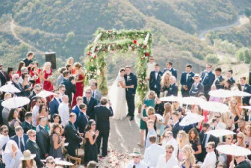 Invitados-a-una-boda.-