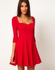vestido-skater-con-escote-en-forma-de-corazón-de-asos-rojo-foto-179353