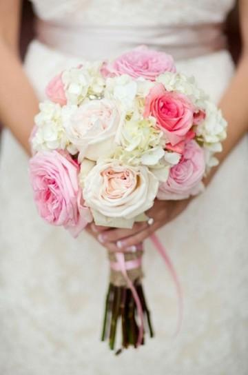 diseno-de-ramo-de-novia-con-rosas.jpg