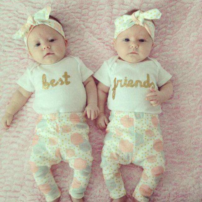 breastfeeding-twins-737349_w650
