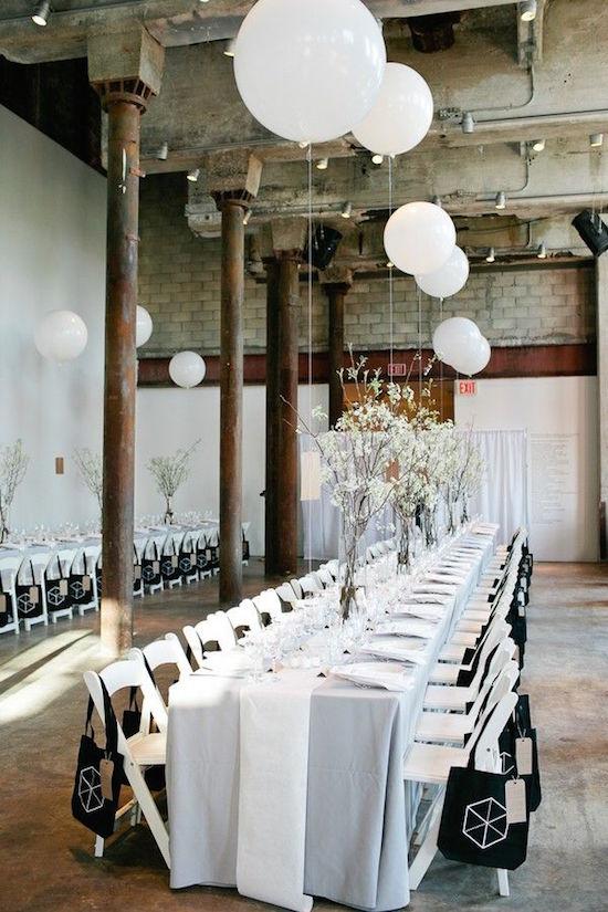 decoracion-con-globos-para-una-boda-industrial-Brooklyn-NY